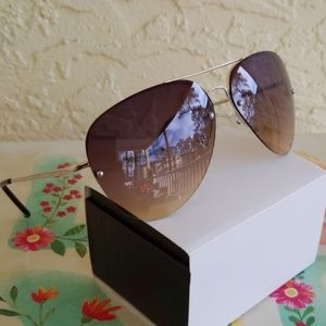 Other - 2019 TWO TONE  LENS AVIATOR STYLE  SUNGLASSES